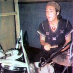 paul-mccartney-drums-band-on-the-run03