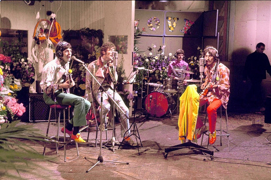 All-You-Need-Is-Love-the-beatles-14648322-553-369