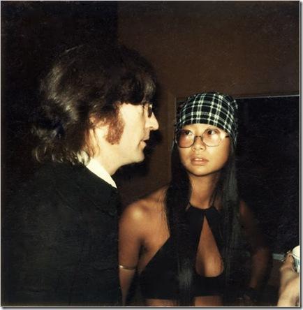 May Pang and John Lennon photo[3]